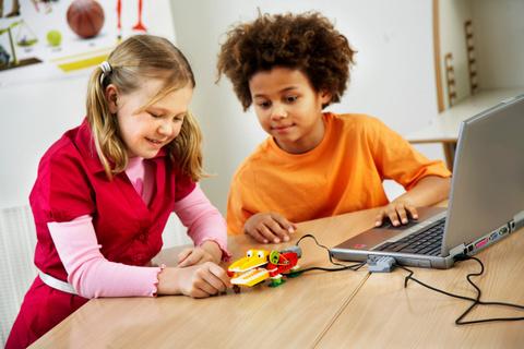 LEGO Education: Конструктор перворобот LEGO WeDo 9580 — WeDo Construction — Лего Образование Эдьюкейшн