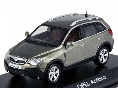 Коллекционная модель Opel Antara 2006