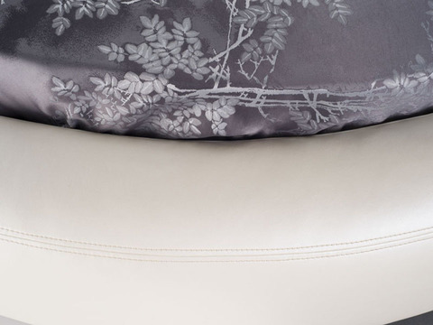 Круглая кровать Luna с осованием