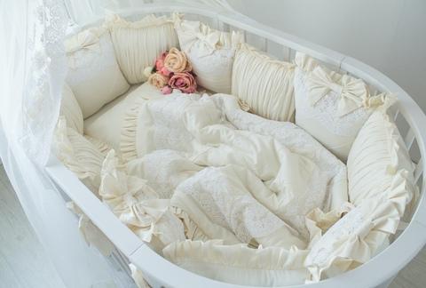 Комплект в круглую/овальную кроватки Vanilla