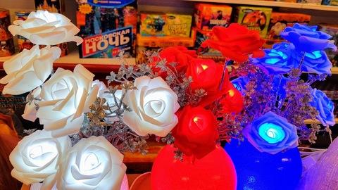 Розы светодиодные