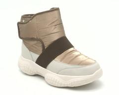 Ботинки цвета