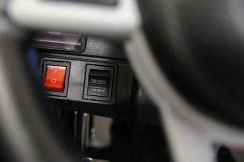 Детский электромобиль Rivertoys Mercedes-Benz GLS AMG черный глянец GLS63-AMG-BLACK-GLANEC