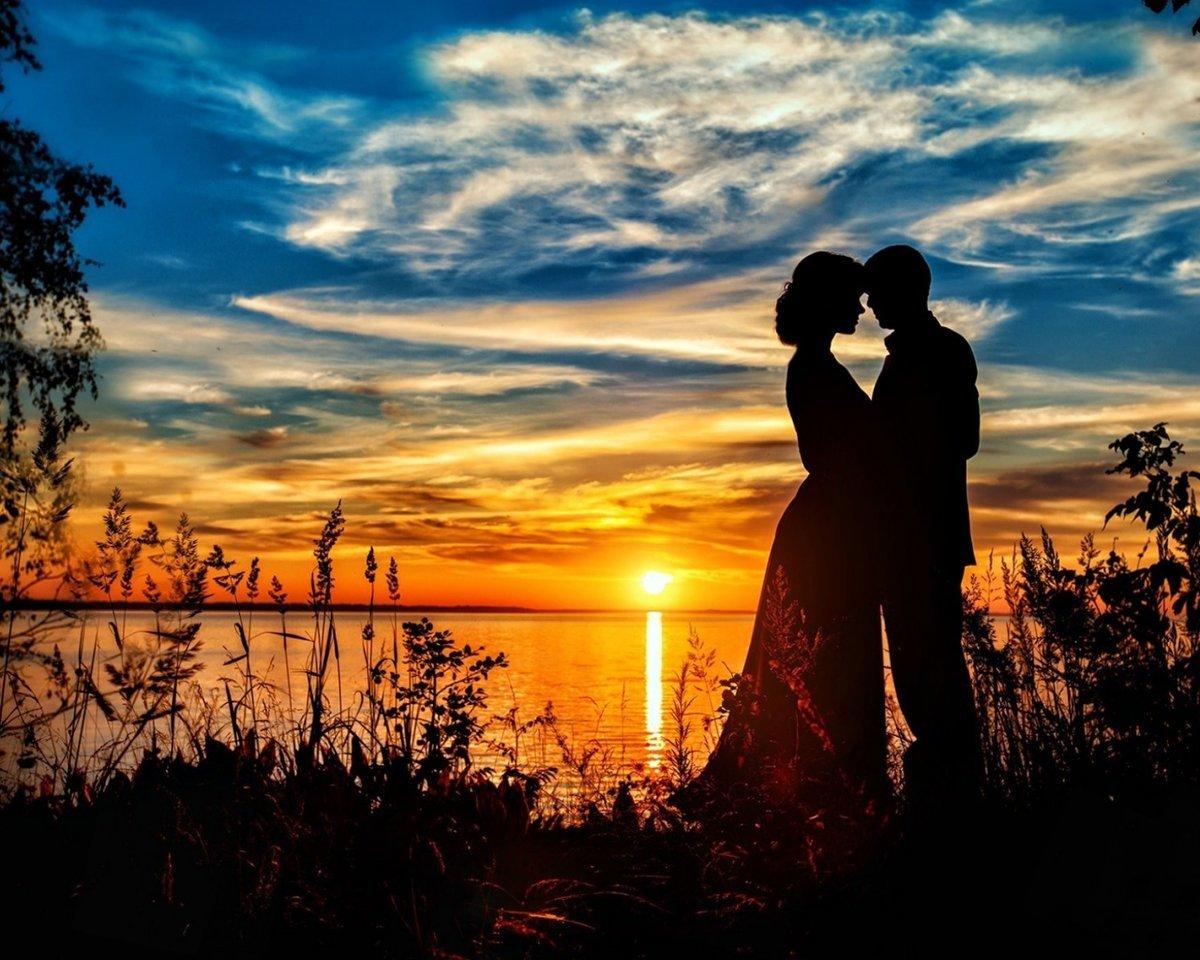 хотя фото двоих на закате являетесь украшением