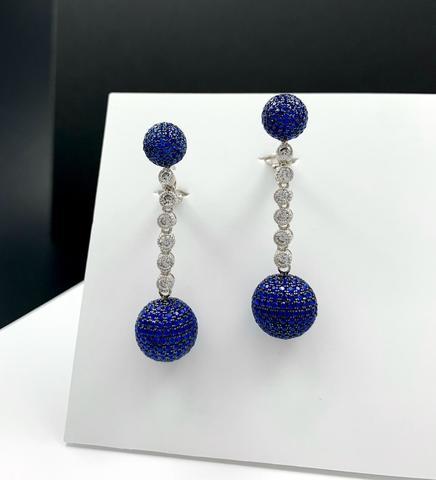 Серебряные серьги шары с синими микроцирконами