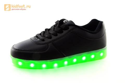Светящиеся кроссовки с USB зарядкой Fashion (Фэшн) на шнурках, цвет черный, светится вся подошва. Изображение 8 из 27.