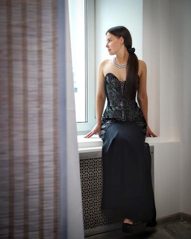 Вечернее черное платье с пайетками Karen Millen