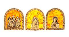 Набор из трёх иконок, янтарь