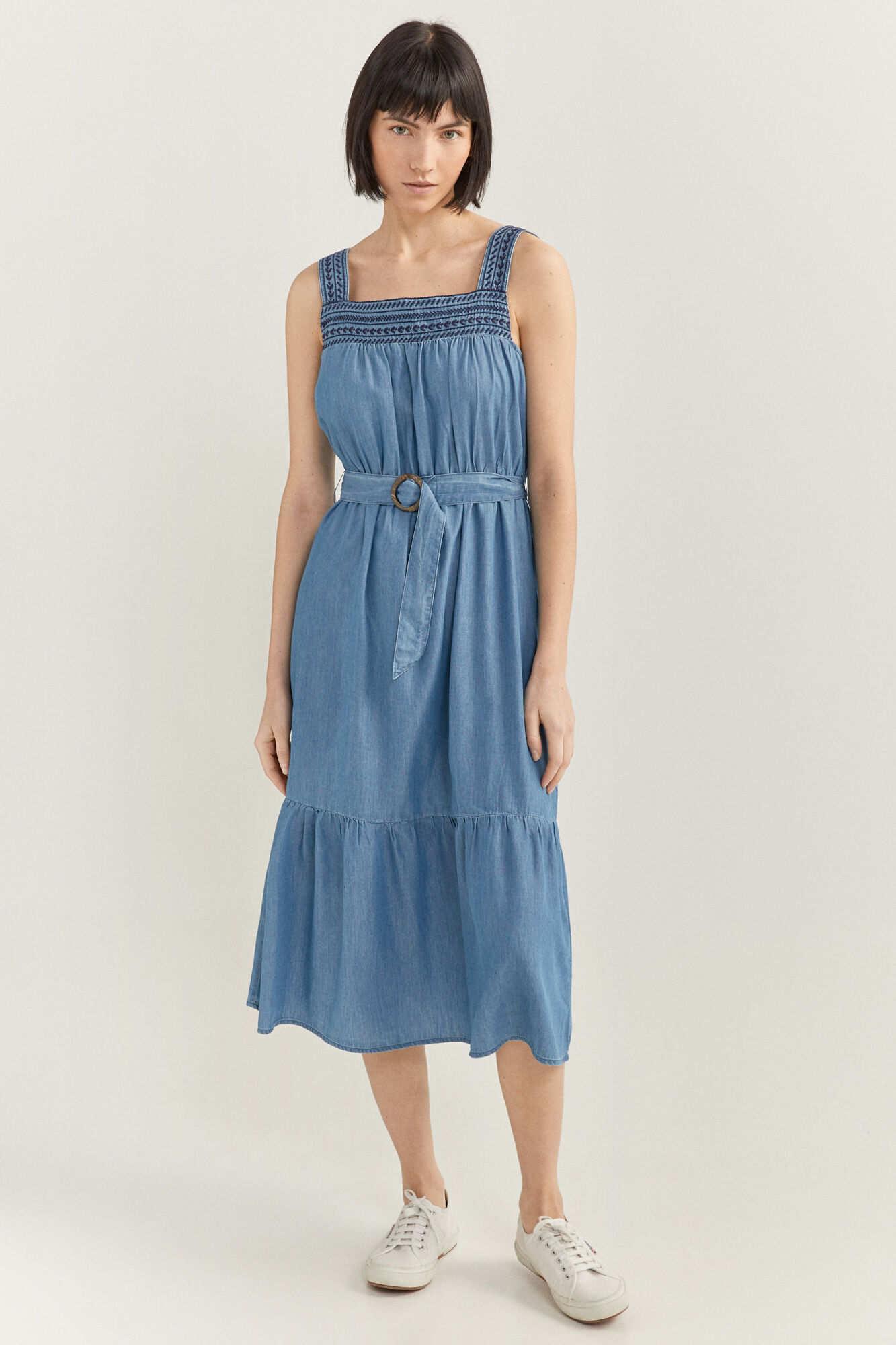 Джинсова сукня міді