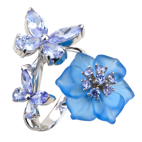 Кольцо с цветком из голубого кварца и кубическим цирконием цвета лаванды