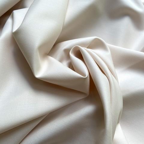 Костюмная ткань кремового цвета фото