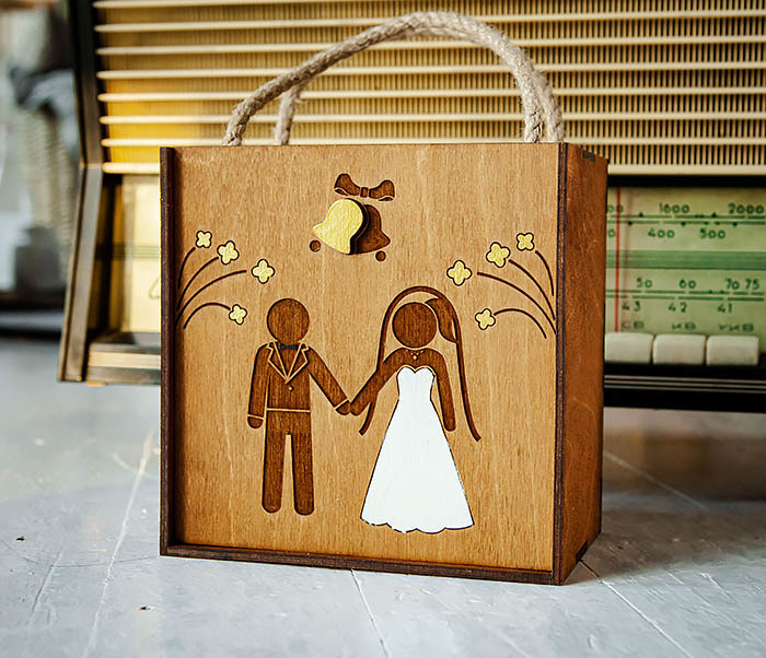 BOX250-2 Свадебная коробка для подарка с веревочными ручками (17*17*10 см) фото 02