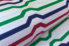 Ткань натуральная, с жаккардовым переплетением, рисунок : цветные полоски
