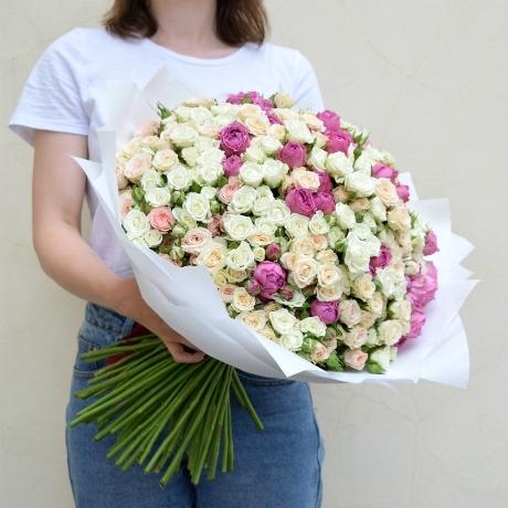 Букет кустовых роз 101шт купить в Перми