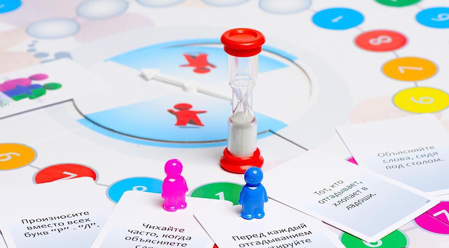 Настольная игра Alias Family (Элиас Скажи иначе : Для всей семьи)