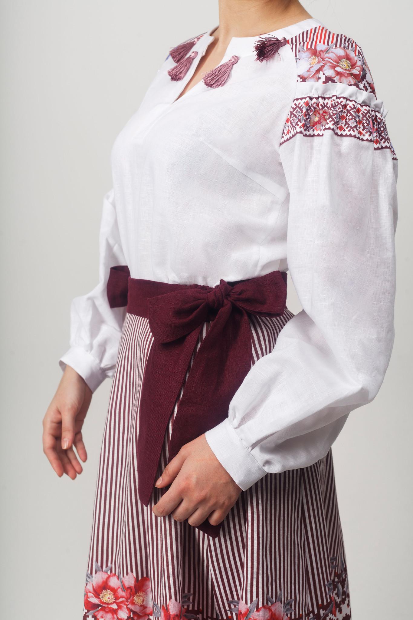 Блуза Дивная 02 приближенный фрагмент