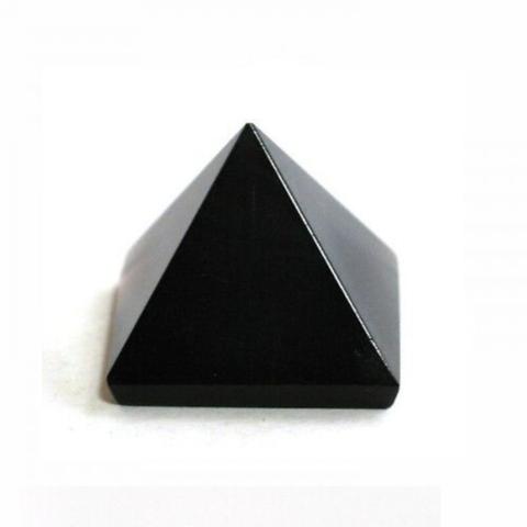 Пирамидка из черного агата