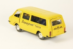 RAF-2203 Route Taxi yellow Agat Mossar Tantal 1:43