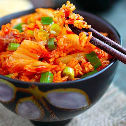 https://static-ru.insales.ru/images/products/1/6196/35035188/kimchi_fried_rice.jpg