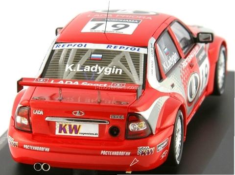Lada Priora №19 WTCC K.Ladygin 2009 DIP 1:43