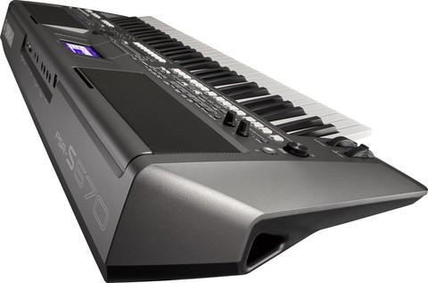 Синтезаторы и рабочие станции Yamaha PSR-S670