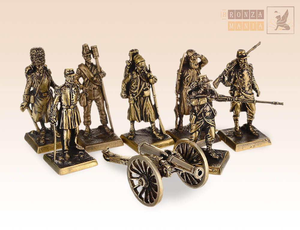 набор солдатиков Французская Армия с пушкой - Крымская Война 7 шт.