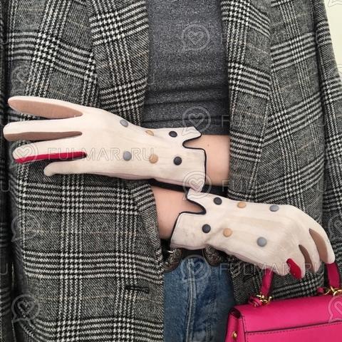 Женские перчатки с цветными пуговицами Бежевые