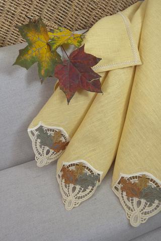 Льняная салфетка с вышивкой