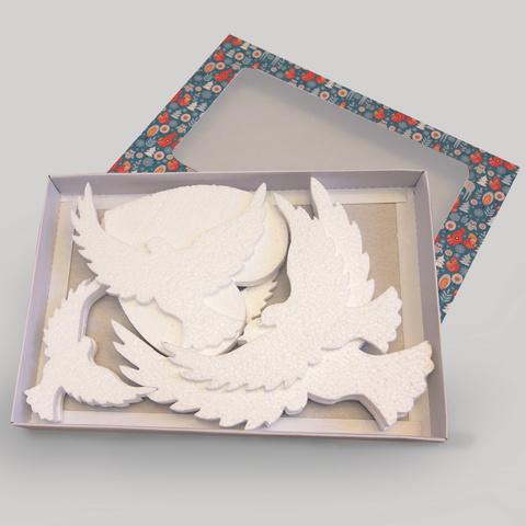 Набор  свадебный голуби с сердцем.