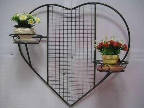 Подставка под цветы настенная двойная с элементом шпалеры