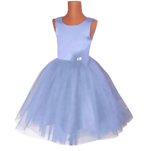 Пышное голубое платье