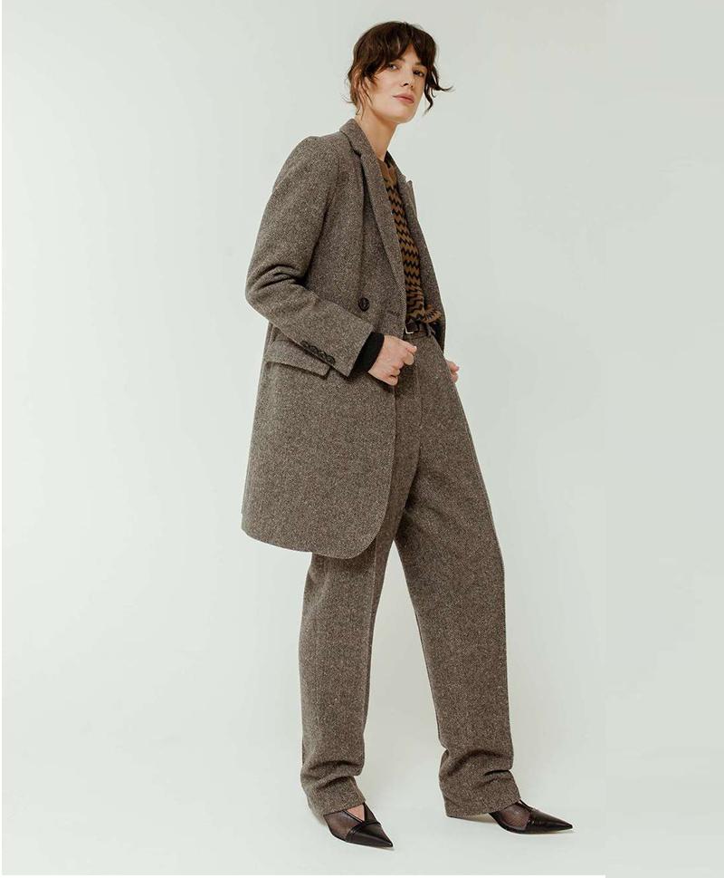 Пальто полуприталенное
