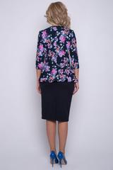 """<p>Платье """"Ларнака"""" фасона баска делает фигуру женщины более стройной и привлекательной. Баска выгодно подчеркивает бедра и делает визуально уже талию.&nbsp;(Пояс в стоимость не входит.)</p>"""