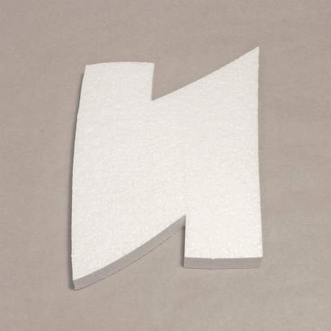 Буква И шрифт BeeskneesC из пенопласта