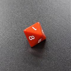 Оранжевый восьмигранный кубик (d8) для ролевых и настольных игр