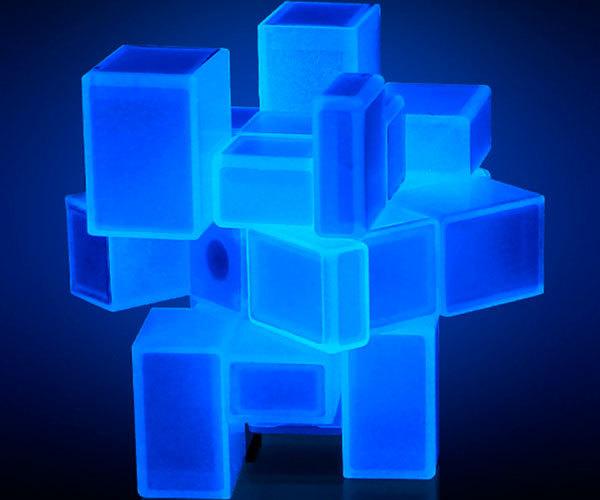 Светящийся кубик Luminous mirror cube