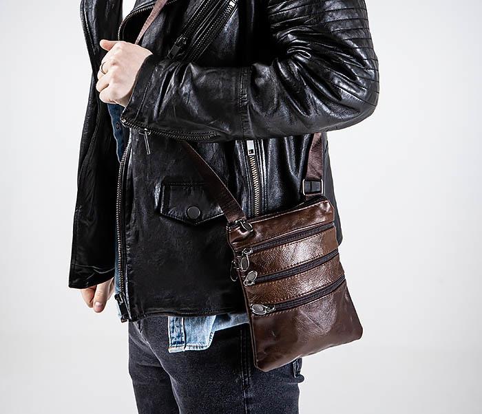 BAG542-2 Маленькая кожаная сумка планшет с ремнем на плечо фото 02