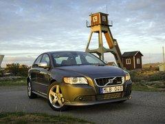 Чехлы на Volvo S40 2007–2012 г.в.