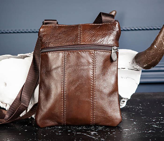BAG542-2 Маленькая кожаная сумка планшет с ремнем на плечо фото 06