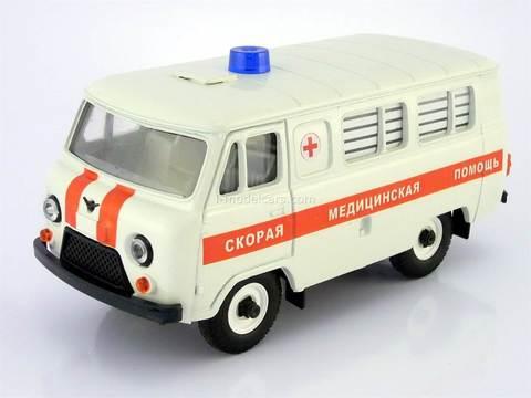 UAZ-3962 Bus Ambulance Medical Assistance (plastic painted) 1:43 Agat Mossar Tantal