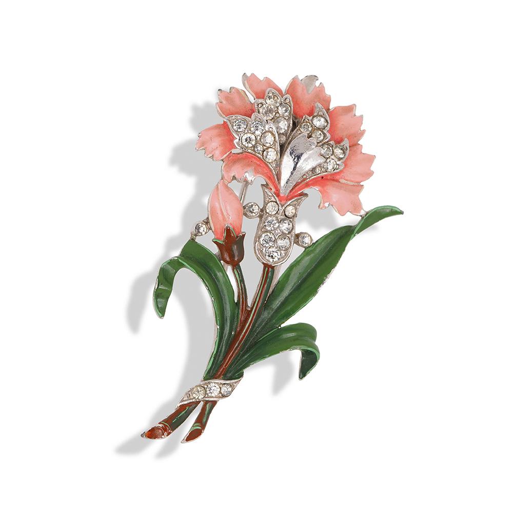 "Book piece Фур-клип от Trifari ""Гвоздика"" с эмалью и кристаллами, 1940-е годы  |  1940s TRIFARI Enamel Rhinestone Figural Flower Fur Clip Pin 'Carnation'"