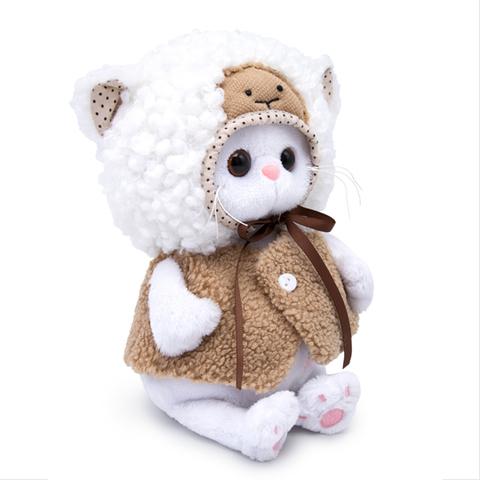 Ли-Ли Baby в костюме