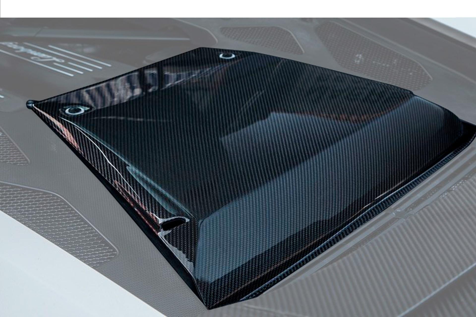 Карбоновая крышка моторного отсека Novitec Style для Lamborghini Huracan