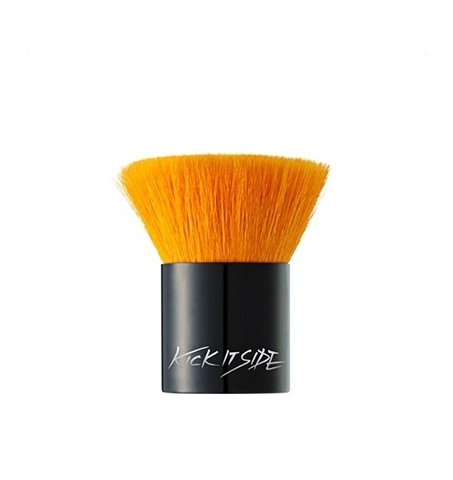 SKIN79 KICK IT SIDE THICK BRUSH
