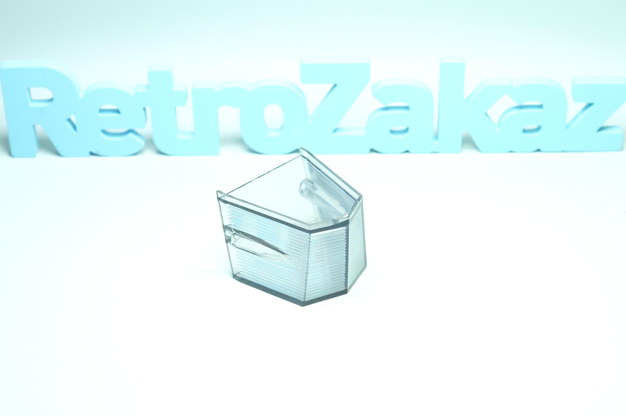 Стекло фонаря заднего хода Газ 21 3 серия