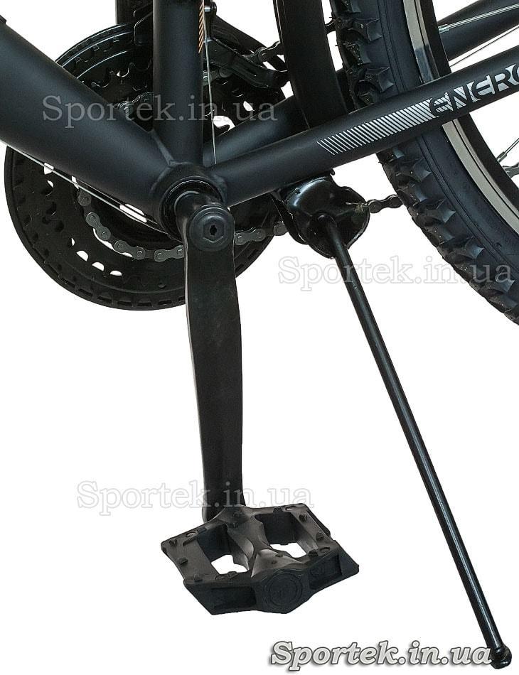 Подножка и педаль городского мужского велосипеда Formula Magnum (Формула Магнум)