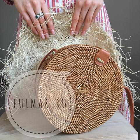 Сумка плетеная из ротанга круглая Коричневая