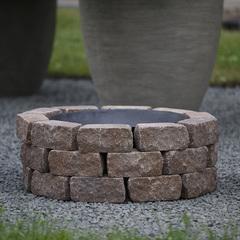 Чаша для костра Concretika iron P100 на основании из состаренного бетона 3 уровня кладки