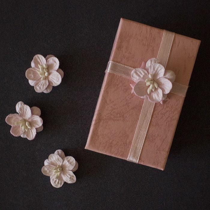 Кулон Маринетт (коробочка) - купить в интернет-магазине kinoshop24.ru с быстрой доставкой