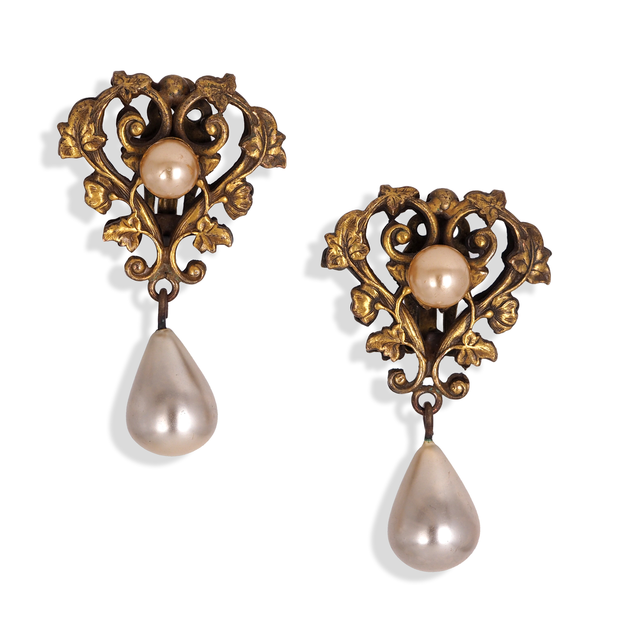Joseff of Hollywood faux pearl clip-on earring